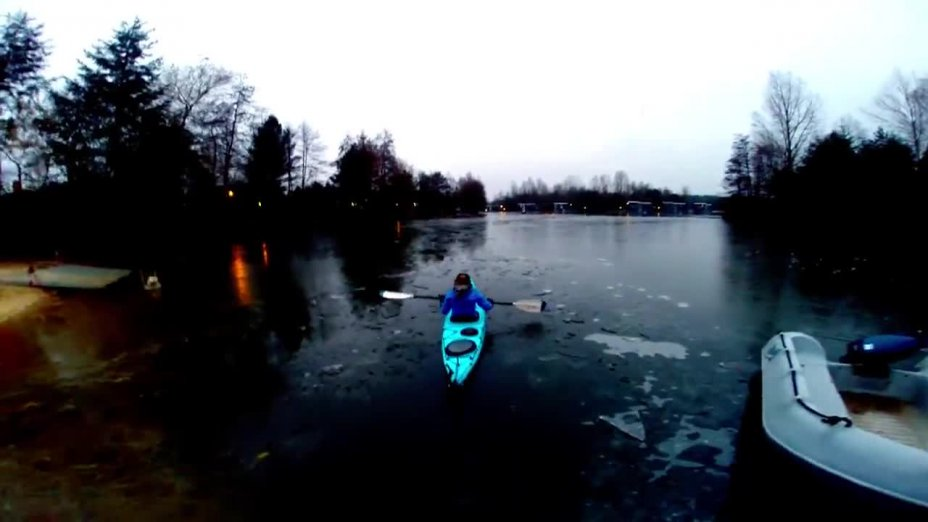 On a roll - Winter paddeln